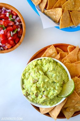 creamy-greek-yogurt-guacamole-recipe